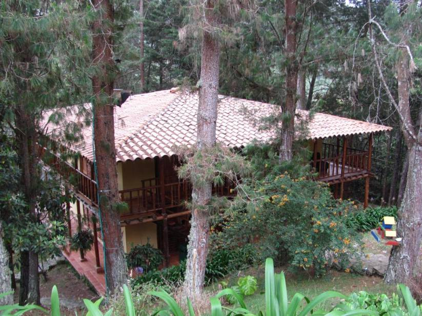 Centro Holistico Abrham en Santa Elena - Medellín - Antioquia. Foto David Medina