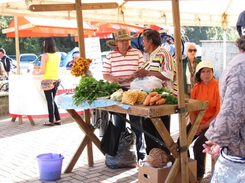 Mercado en el Parque Santa Elena - Medellín - Antioquia. Foto David Medina