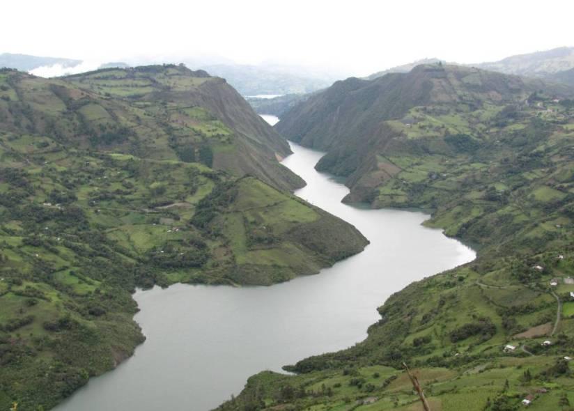 Embalse del Guavio - Cundinamarca. Foto David Medina