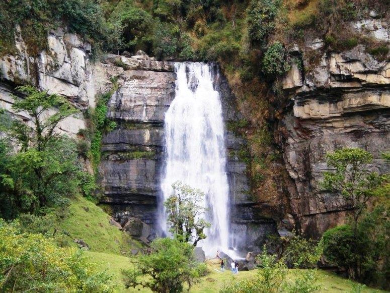Cascada Nemostén - Junín, Cundinamarca - Foto: David Medina