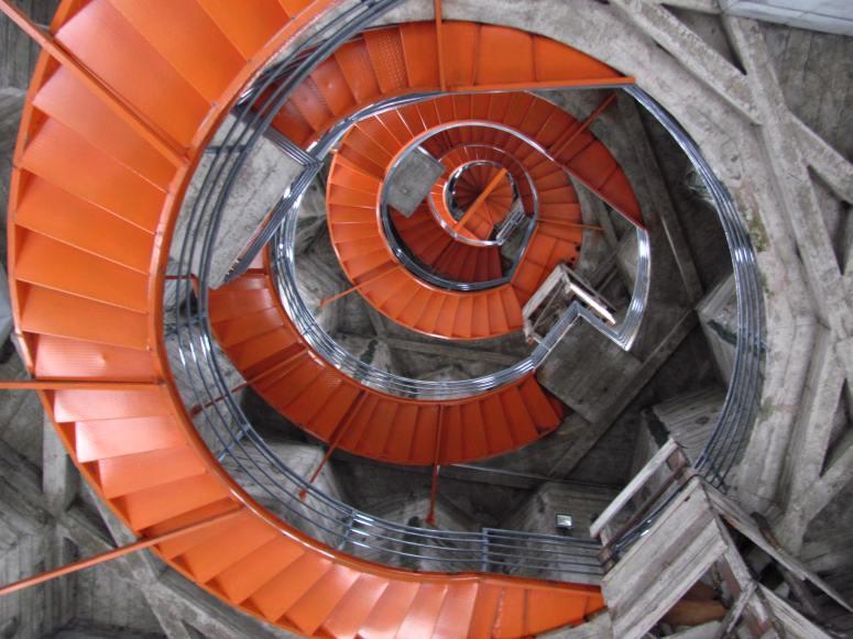 Escaleras de ascenso al corredor polaco en la Catedral de Manizales - Caldas. Foto: David Medina