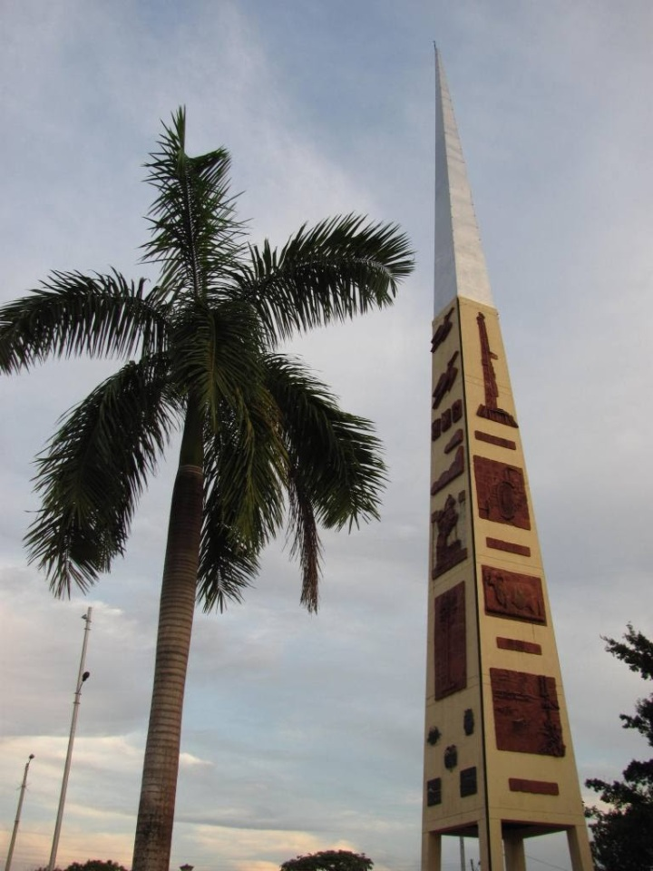 Obelisco, Alto de Menegua - Puerto López -Meta. Foto: David Medina