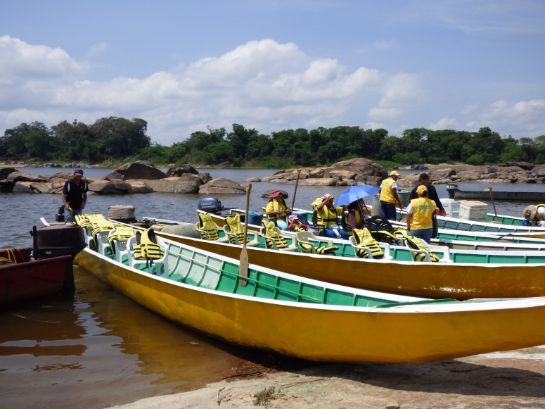 Las Voladoras (lanchas) - Rio Orinoco - Vichada. foto: David Medina