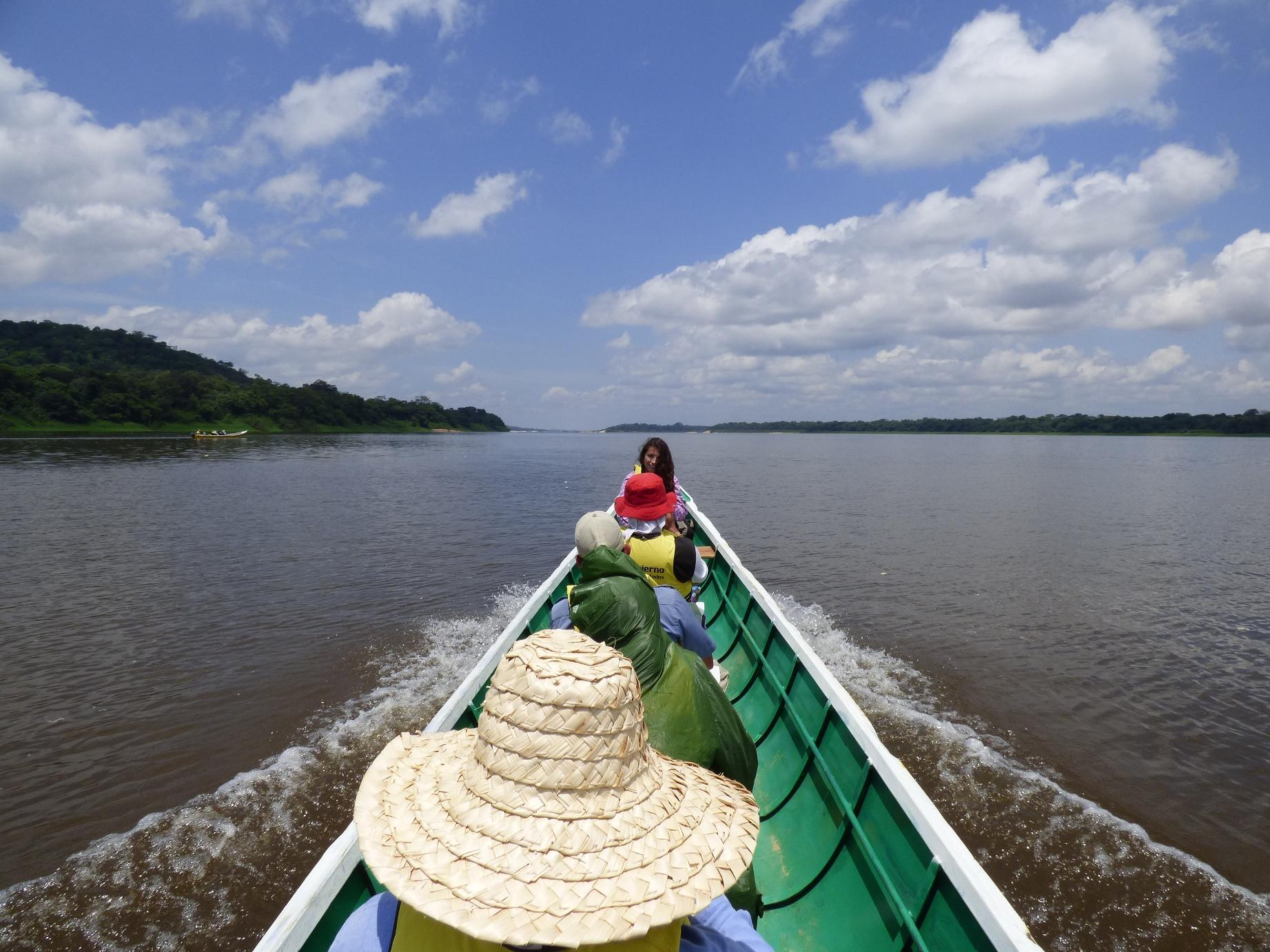 Navegando en el Río Orinoco - Vichada. Foto: David Medina