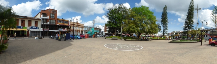 Parque central en Quimbaya - Quindío. Foto. David Medina