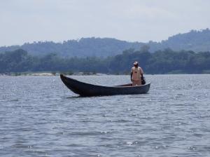 Pescador - Río Orinoco - Parque Nacional Natural El Tuparro - Vichada. Foto: David Medina