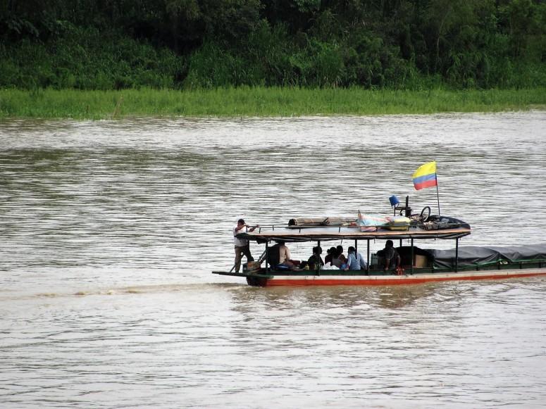 Embarcaciones en el río Guaviare - San José del Guaviare. Foto: David Medina